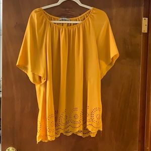 Valerie Stevens Tops - Valerie Stevens 2xl mustard color top